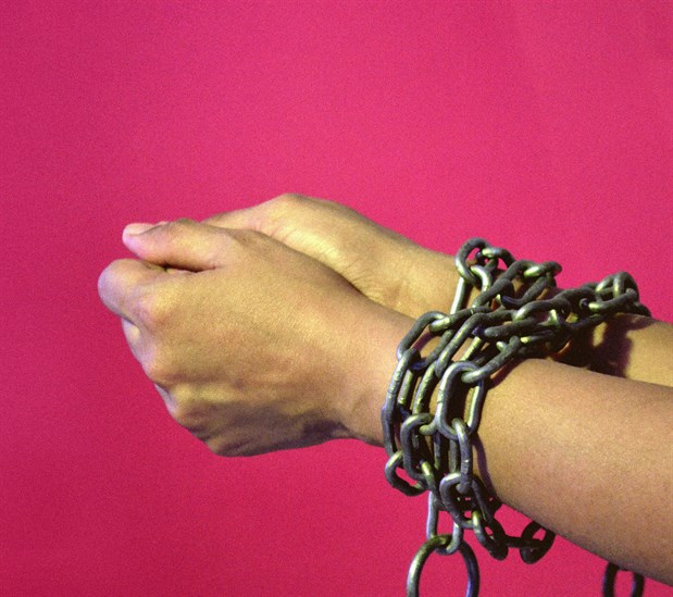 chained_hands_2_hires